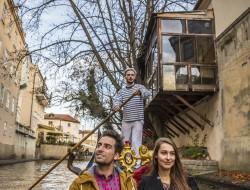 Authentic Venetian gondola sails Čertovka | gondolier